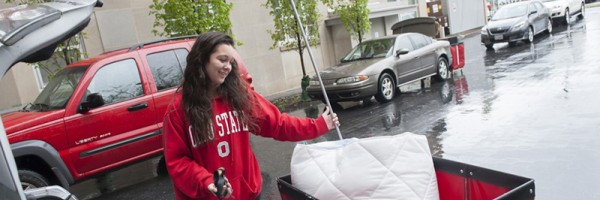 Alumna, staff, volunteer: Capturing and reliving move-in day emotions